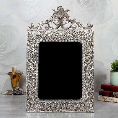 White Metal Photo Frame