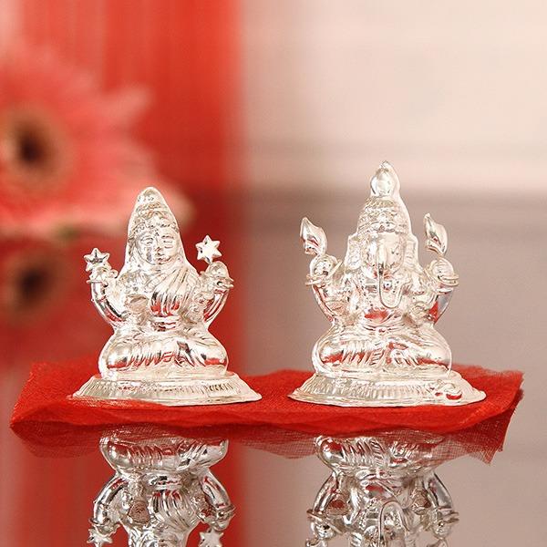 Silver Laxmi Ganesha Idol (30 Gms)